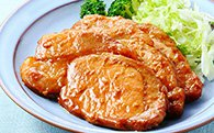 秋田県仙北市産α リノレン酸虹の豚モモ味噌漬け 15枚入りの特産品画像