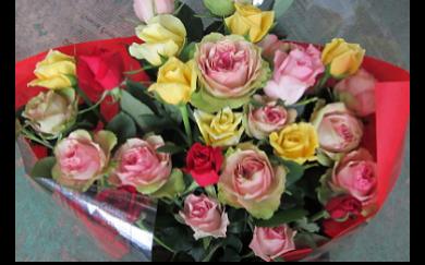 バラの花束(15本程度)の特産品画像