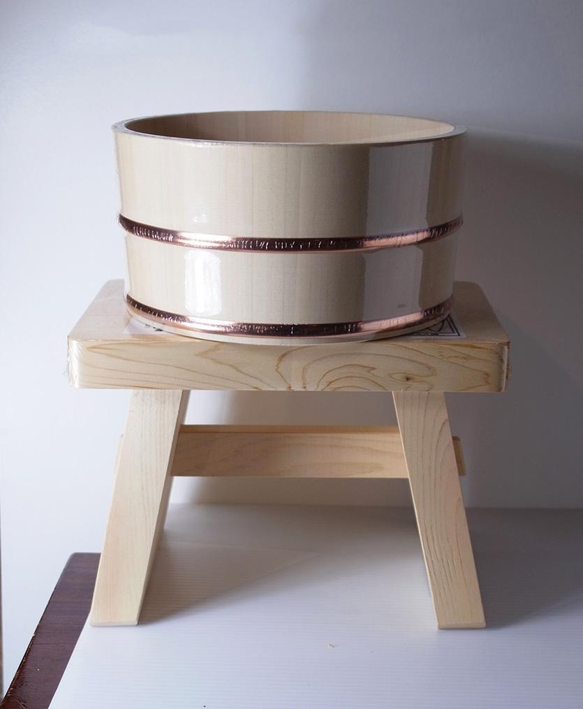 木曽ひのき丸湯桶とひのきのイスの特産品画像