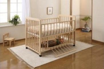 紀州熊野ひのき材で作ったベビーベッド『ひのきベッド A 棚付』の特産品画像
